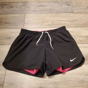 Nike shorts Sz M